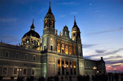 Siege De L Unesco - visiter la cathédrale de l 39 almudena horaires tarifs