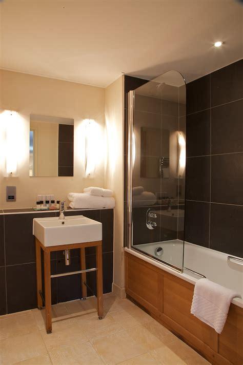 wyck hill house hotel spa room  bedroom information