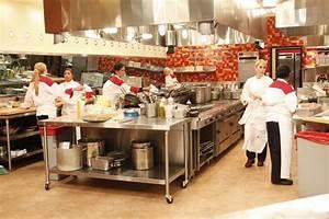 """HELL'S KITCHEN """"12 Chefs Compete"""" Season 9 Episode 6   TV ..."""