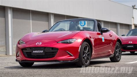 mazda japan website mazda mx 5 is japan 39 s car of the year 2015 autobuzz my