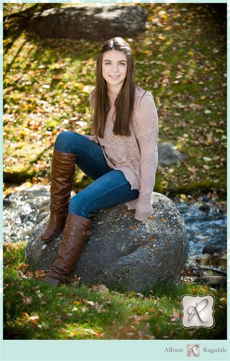 emmas fall color senior portraits