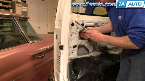 how to fix cars 1992 ford f250 security system how to install replace outside door handle ford f150 f250 f350 80 96 1aauto com youtube