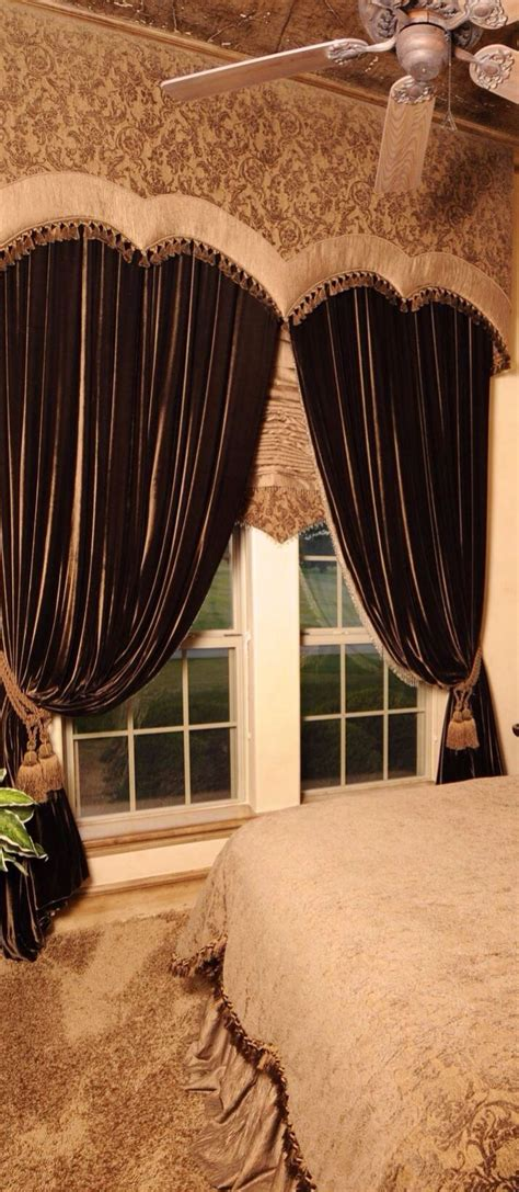 beautiful draperies 25 best ideas about velvet drapes on
