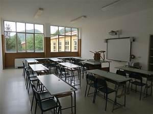 La Valletta  All U0026 39 Interno Della Scuola Media Ricavate Le