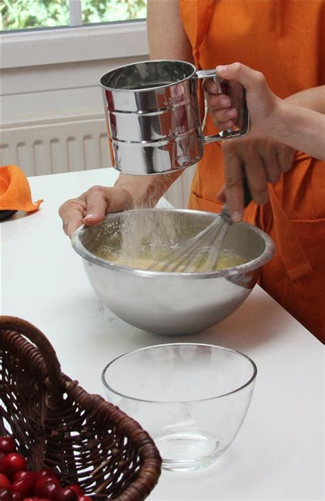 tamis cuisine tamis de cuisine mécanique tom press