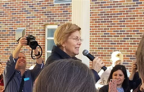 community gathers senator warren rally kicd fm news talk radio