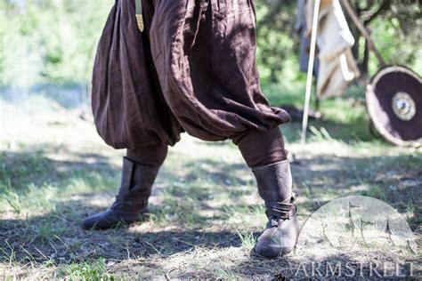 viking boots embossed leather   brown