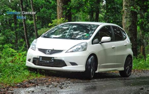 Gambar Mobil Honda Jazz by Foto Mobil Honda Jazz Rs Putih
