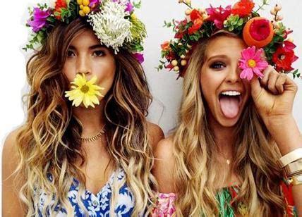 figli dei fiori anni 70 carnevale hippie vinili e costumi vintage i figli dei