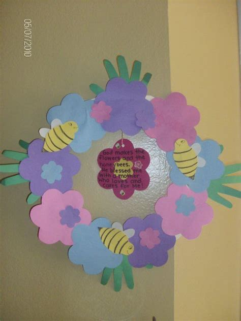 wreath preschool crafts 970 | 39b598c540f4a8f5d274174c92a7edea