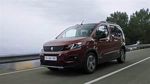 Peugeot Rifter Interieur : peugeot rifter youtube ~ Dallasstarsshop.com Idées de Décoration