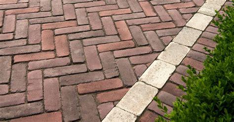 Unilock Bricks by Copthorne 174 Unilock