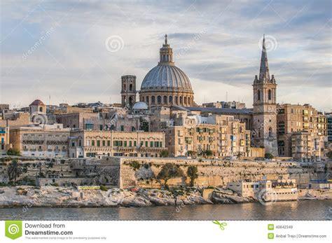 vue d horizon de bord de mer de la valette malte photo stock image 40842349
