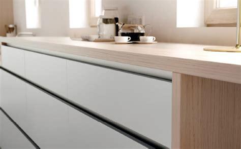 modelos de puertas  cocina aram interiors