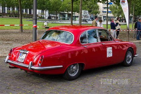 1966 Jaguar S-type 3.8 Saloon (rear View)