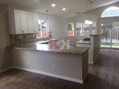 kitchen cabinet reviews amp testimonials 579 ice white shaker 156