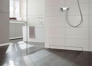 Bodengleiche Dusche Mit Faltbarer Duschabtrennung : bodengleiche duschen gestaltung und installation mein eigenheim ~ Orissabook.com Haus und Dekorationen