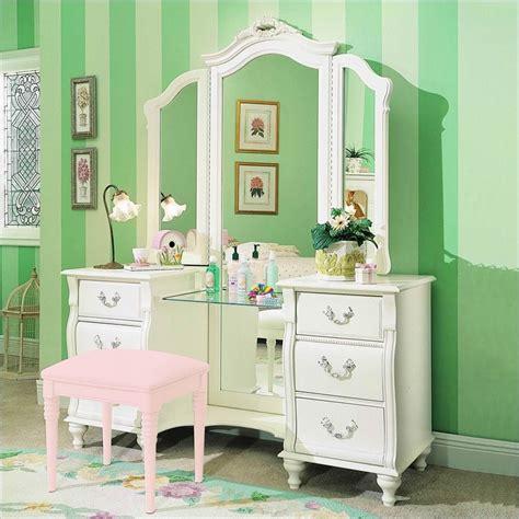 Bedroom Vanity Set With Lights  Fresh Bedrooms Decor Ideas