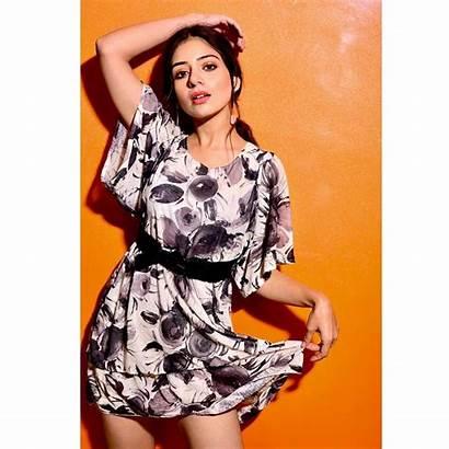 Tania Punjabi Actress Fall Instantly Scoopnow Young