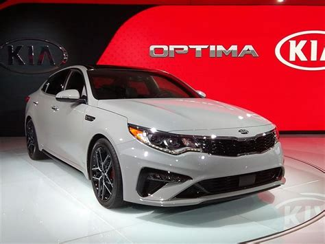 kia optima  recibe una actualizacion menor
