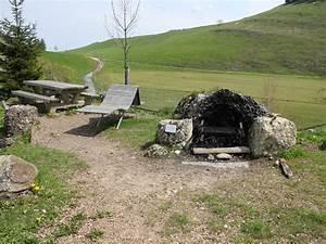 Feuerstelle Mit Sitzgelegenheit : feuerstelle seebodenalp rigi ~ Whattoseeinmadrid.com Haus und Dekorationen