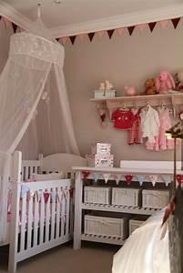 Vorhänge Für Babyzimmer : 45 auff llige ideen babyzimmer komplett gestalten ~ Michelbontemps.com Haus und Dekorationen