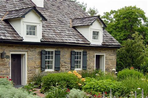 Tour An English Garden In Maryland