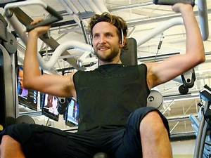 Bradley Cooper's 8000 Calories A Day Healthy Diet | Her Beauty