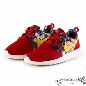 Nike Roshe Run Womens Mens Shoes Black Floral Red