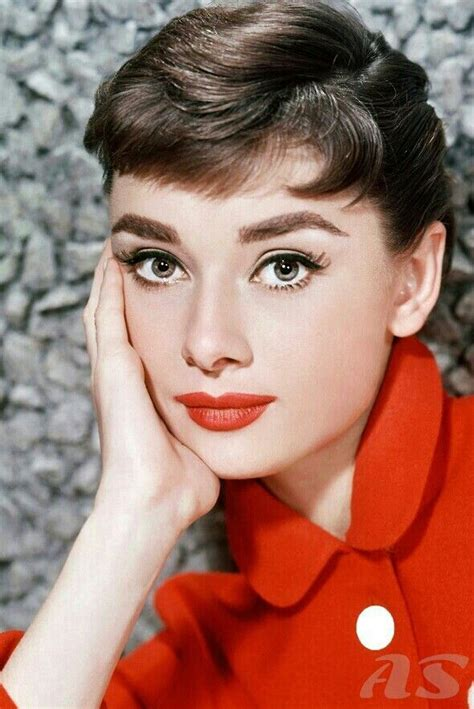 1950s Hairstyles And Makeup by 13 Of The 1950s Most Iconic Hairstyles Hair Makeup
