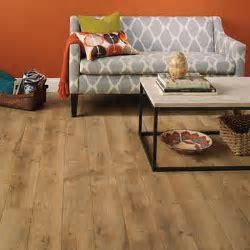 Harmonics Newport Oak Laminate Flooring 20.15 SQ FT Per