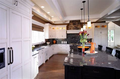 pictures of small kitchen makeovers mullet cabinet kitchen providing space and style 7488