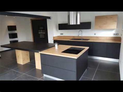 cuisine équipée bois et noir par concept vie habitat