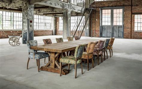 cuisine contemporaine en bois massif table de ferme table de cagne vintage grande bois