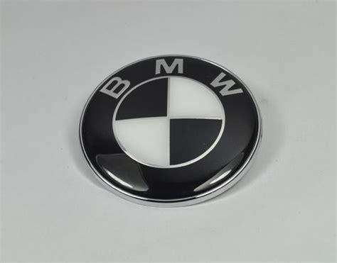 Bmw Emblem 82mm Schwarz Weiss Logo E30 E36 E39 E46 E60 E90 Motorhaube M3 M5 M6 A Ebay
