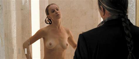 sarah butler nackt