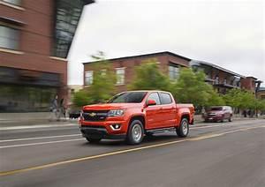 2016 Chevrolet Colorado Rewarded With 2 8