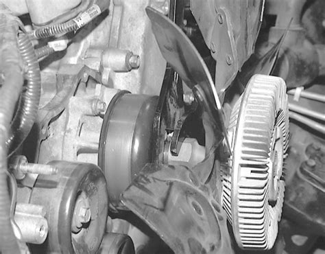 how to remove fan clutch without tool 1998 ford f150 fan clutch removal instructions