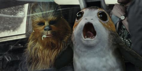 chewie eat  porg  star wars  screen rant