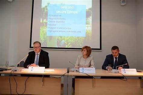 Zanda Kalniņa-Lukaševica piedalās Igaunijas prezidentūras ...