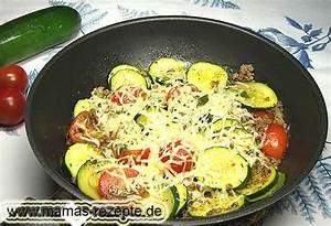 Die Pfanne Von Anne : hackfleisch zucchini pfanne mamas rezepte mit bild und kalorienangaben ~ Markanthonyermac.com Haus und Dekorationen
