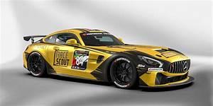 Rennpremiere Fr Den Mercedes AMG GT4 Beim Saisonauftakt