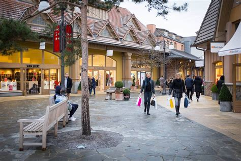 E-home Designer Outlet : 9 Shopping Villages In Europe