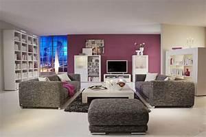 comment placer ses meubles dans son salon With comment decorer un salon moderne