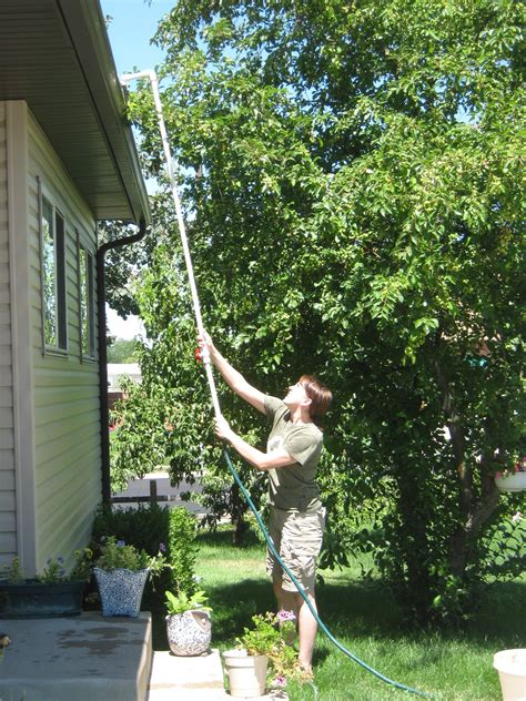 rain gutter cleaner  steps  pictures