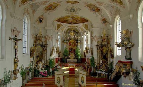 Blick In Die Katholische Kirche St Peter In Tapfheim