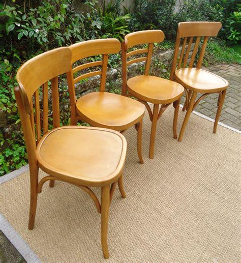 double paire de chaises de bistrot baumann et mahieu