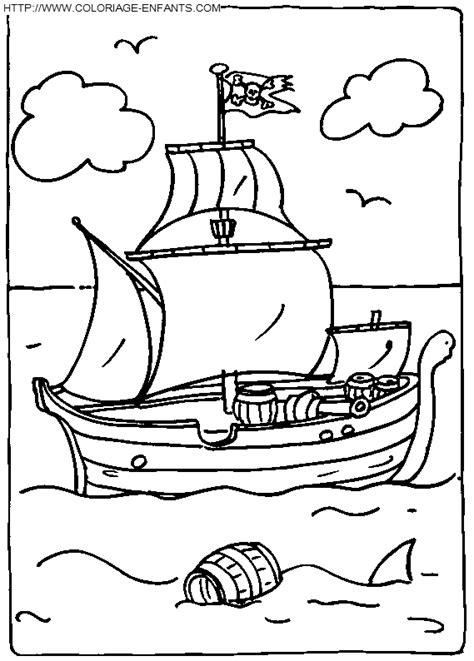 dessins de coloriage bateau  voile  imprimer  imprimer