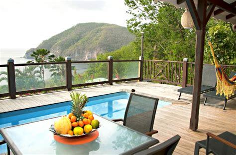 maison du canapé bungalow villa la créole deshaies guadeloupe quartier résidentiel