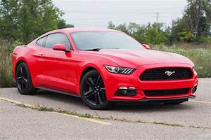 2016 Ford Mustang EcoBoost Fastback Premium Review - AutoGuide.com News